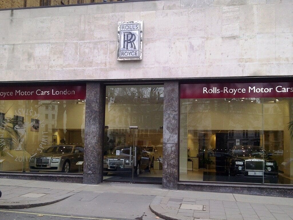 Rolls-Royce-human-resource-departments