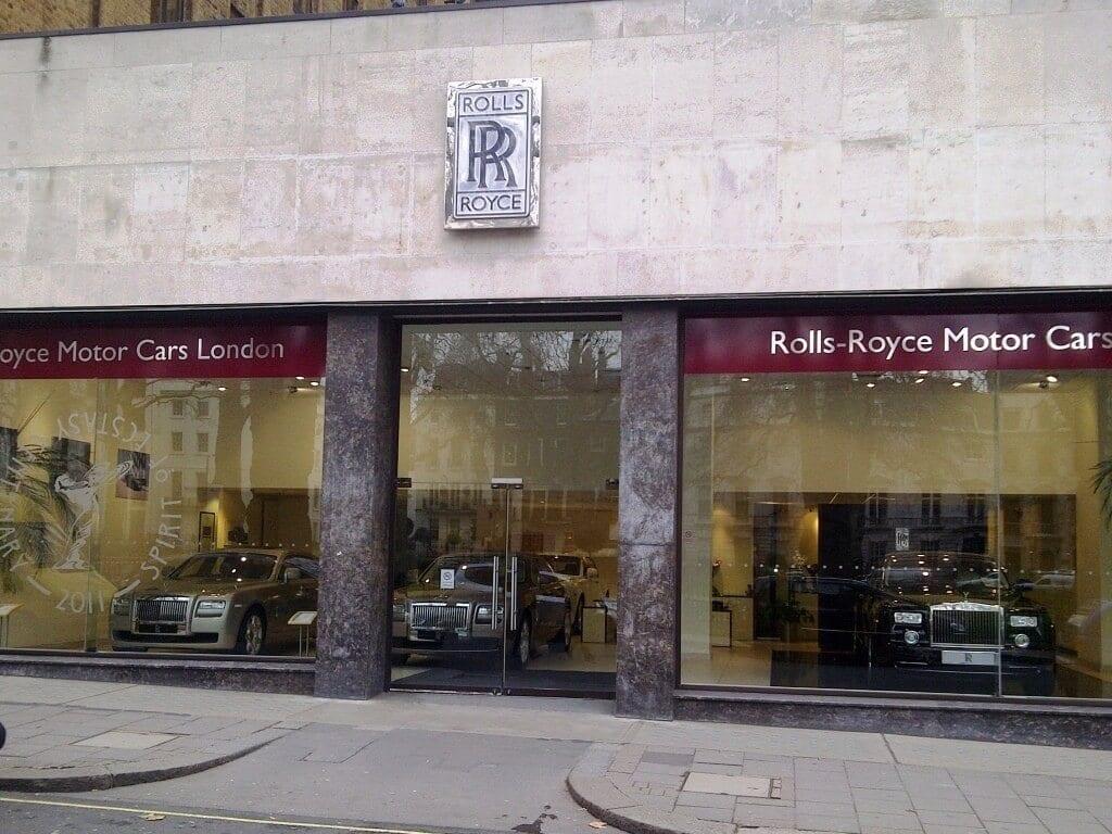 Rolls-Royce-human-resource-departments