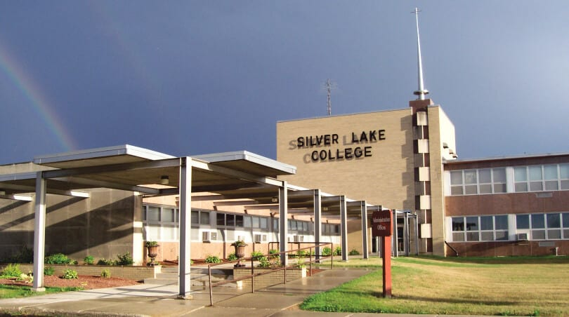 Silver Lake College of the Holy Family - Bachelor's Human Resources